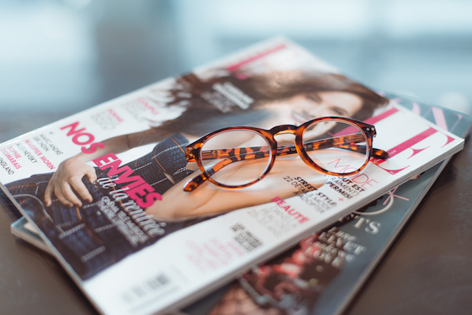 1f51d5c96e En effet, les verres de lunettes de lecture ne présentent pas l'intégralité  des garanties de qualité et peuvent à la longue fatiguer les yeux et  engendrer ...